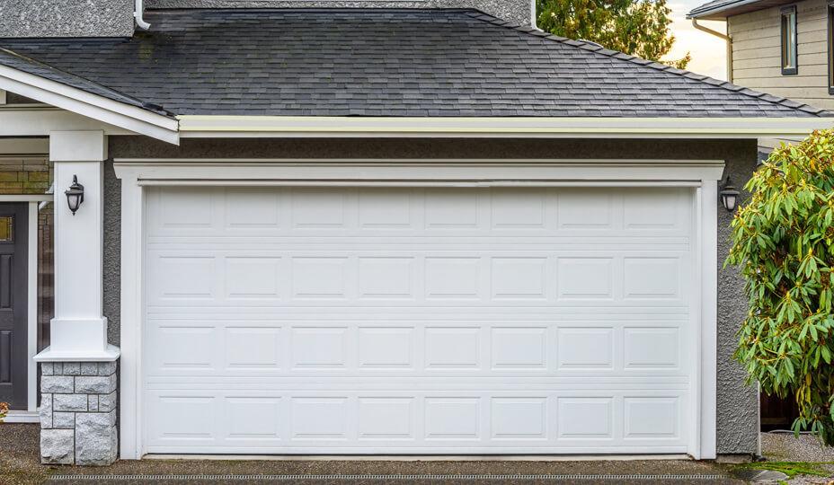 C:\Users\Bala\Downloads\reliable Paradise Valley garage door services.jpg