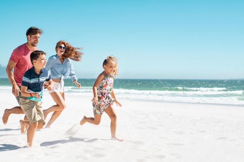 Family-Summer-Vacation-810x540.jpg